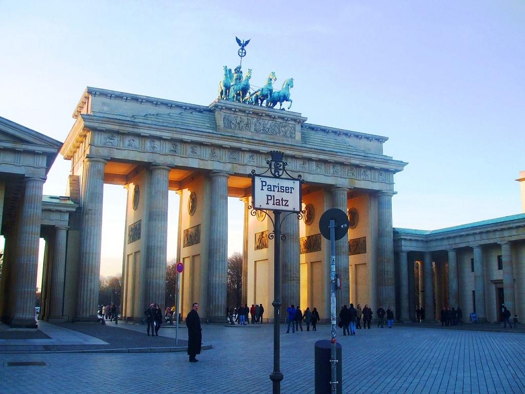 Visita la porta di brandeburgo vivi berlino - Berlino porta di brandeburgo ...